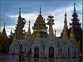 Viaje a birmania sept 2006 yangon 4 (2916371965).jpg
