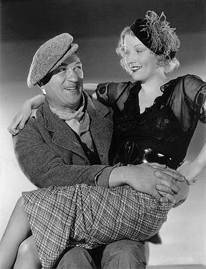 The Informer (1935 film) - McLaglen and Grahame