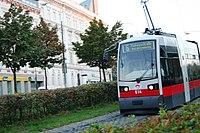Vienna trolley (1436916557).jpg