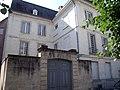 Vieux tours, quartier Saint-Julien, 17 place Foire le Roi , hôtel XVIIIe siècle.jpg