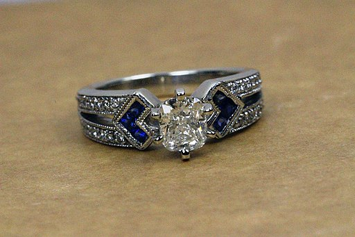Vintage antique diamond sapphire engagement rign