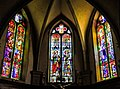 Vitraux de l'abside de l'église de Ramonchamp.jpg