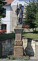 Vraný, statue of Wenceslaus I.jpg
