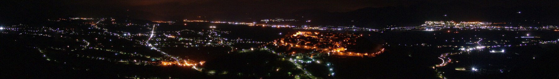 WV banner Salerno province Diano Valley at night.jpg