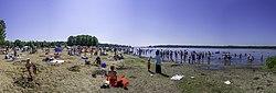 Wabamun Beach (7532346870).jpg