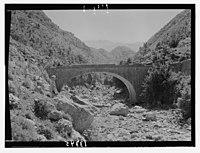Wady J'Meijina (?) at the bridge crossing LOC matpc.12710.jpg