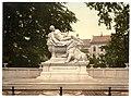 Warrior's Memorial, Düsseldorf, the Rhine, Germany-LCCN2002714102.jpg