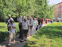 Wiki Party in Moscow 2013-05-18 (City tour; Krassotkin; 07).JPG