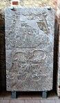 Wismar, St. Georgen, Grabplatte. 3.JPG