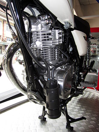 Yamaha SR400 & SR500 - Yamaha SR400 (2014) fitted with an EVAP canister to reduce emissions.