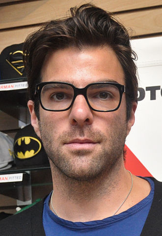 Zachary Quinto - Quinto at a Midtown Comics signing in 2011