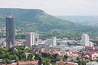 Jena: la turdomoj de urbocentro- kaj Carl Zeiss