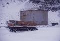 (Arctowski) Depósito de combustible y transporte (1).png