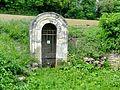 Épiais-Rhus (95), fontaine du Petit Vin, SR n° 37 - route de Rhus 2.jpg