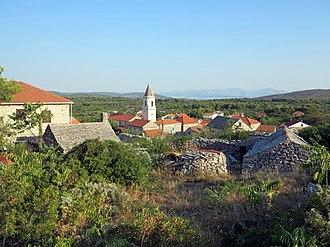 Šolta - Image: Šolta Gornje Selo Hrvatska 2012 a