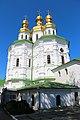 Київ, Церква Всехсвятська над економічною брамою, Лаврська вул. 9.jpg