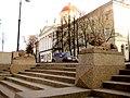 Санкт-Петербург. Спуск к Неве на наб. Макарова у дома 4.JPG