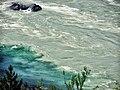 Слияние зеленых вод Чемала с бирюзовыми Катуни.jpg