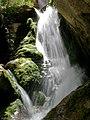 آبشار زیبا در دره نگار یا نی گاه - panoramio.jpg
