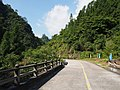 景区公路通往白水洋 - Road to Baishuiyang Scenic Area - 2014.07 - panoramio.jpg