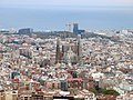 020 La Sagrada Família des del turó de la Rovira.JPG