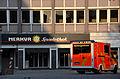 """112-Notruf-Nummer an einem Rettungswagen der Feuerwehr Hannover vor einer """"Merkur-Spielothek""""an der Goseriede 2014.jpg"""