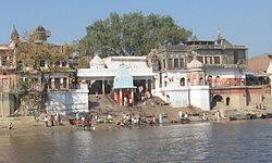 Brahmavart Ghat Picture taken on مہا شواراتری day shows the pilgrims about to start their two-day austerity trek.