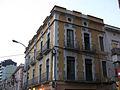 123 Edifici al c. Lasauca 30, cantonada av. Salvador Dalí.jpg