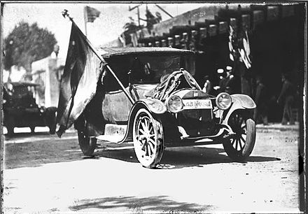 1921 Fiesta parade, Santa Fe. Palace of the Governors in background. 1921 Fiesta, Santa Fe.jpg