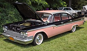 1959 Chrysler Windsor 4-dr sedan, front left pink & black.jpg