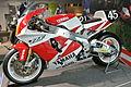 1996 Yamaha YZF750 (OWH7).JPG