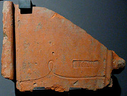 201005151442 NE CSM Dachziegel mit Stempel LEG(io) XVI.jpg