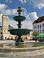 2013 Karwina, Frysztat, Żeliwna fontanna na rynku 02.jpg