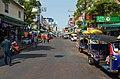 2016 Bangkok, Dystrykt Phra Nakhon, Ulica Khaosan (13).jpg