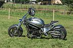 2016 Motocykl typu chopper 1.jpg
