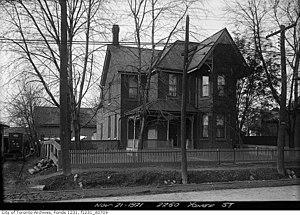 Yonge–Eglinton - Home on west side of Yonge Street, south of Eglinton Avenue, 1921