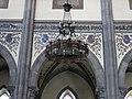244 Església nova de Santo Tomás de Canterbury (Sabugo, Avilés), llum penjant del sostre.jpg