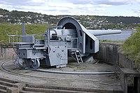 28 cm gun at Oscarsborg Fortress.jpg
