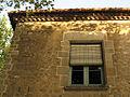 37 Torre Sant Joan, detall de la façana.jpg