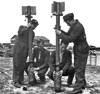 RP-3 - Attaching 60-pdr SAP warheads onto 3 in rocket projectile bodies