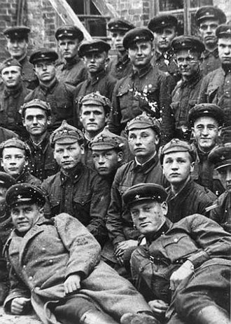 44th Rifle Division (Soviet Union) - Soldiers and officers of the 44th Kievan Rifle Division, an elite unit of the Ukrainian SSR