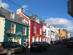 4July04 John St Dingle.JPG