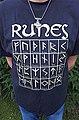 A T-shirt with runes - T-shirt mit Runen.jpg