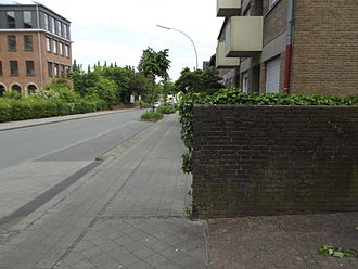 Bicycle safety - Image: A dangerous cyclepath in Steinfurt
