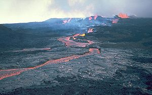 Effusive eruption - An {{okina}}a{{okina}}ā lava flow from Mauna Loa during its 1984 eruption.