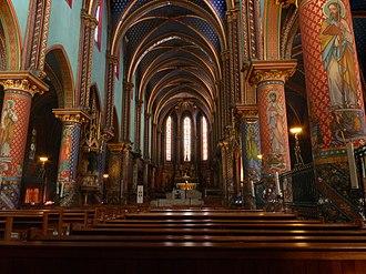 Frigolet Abbey - Nave of the abbey church