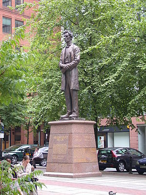 Lancashire Cotton Famine - The statue of Abraham Lincoln in Manchester, England
