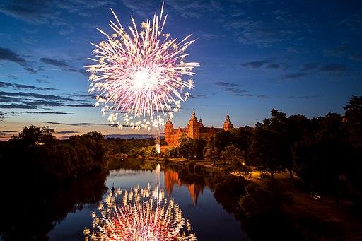 Abschluss Feuerwerk Volksfest Aschaffenburg 2014 (14374094338)