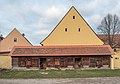 Adelsdorf Stallungen Innenhof 2180418.jpg