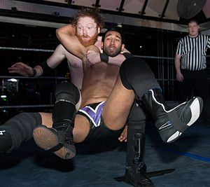 Stunner (professional wrestling) - Alex Vega performing a backpack stunner on Josh Rogen